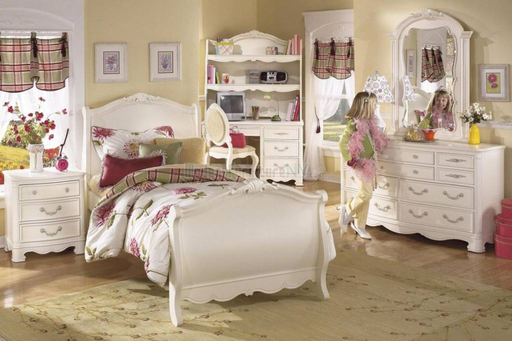 amazing girls room from sunflower furniture