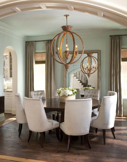 Looks Compact Place With A Simple Round Tablebut Elegant Looking Ceiling Lamp Has Added The Beauty To Room
