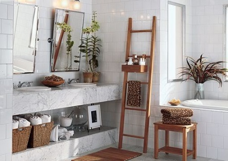 creative-storage-in-bathroom-shelves1