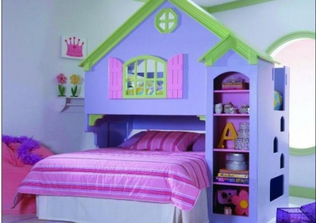 1cute-and-pretty-idea-in-making-girly-designed-bunk-bed-for-girls-590x526