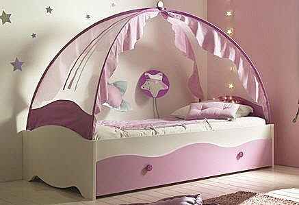 fairytale canopy beds for your little princess. Black Bedroom Furniture Sets. Home Design Ideas