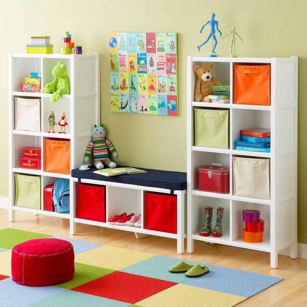 Colorful Kids Room Design: Help Kids To Organize Their Toys