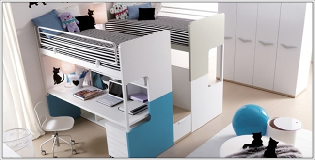 This Is A Remarkable Bunk Bed With Two Single Beds At The Same Y Ad Under These There Study Desk