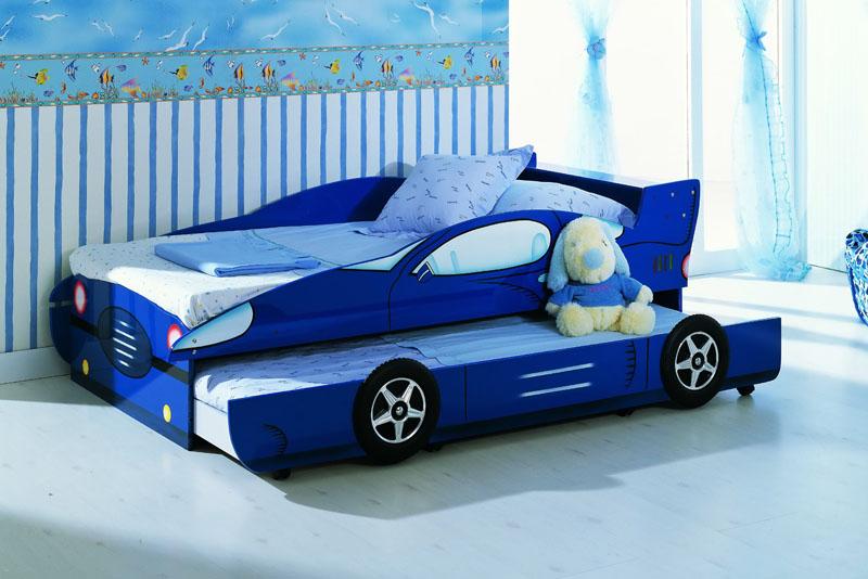 giường ô tô bé trai