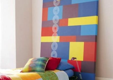 coclorful-bed-design-headboard-multi-color-interesting-concept-teen-room-style-fun-decor
