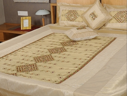 Indian Style Bedding The Traditional Beauty