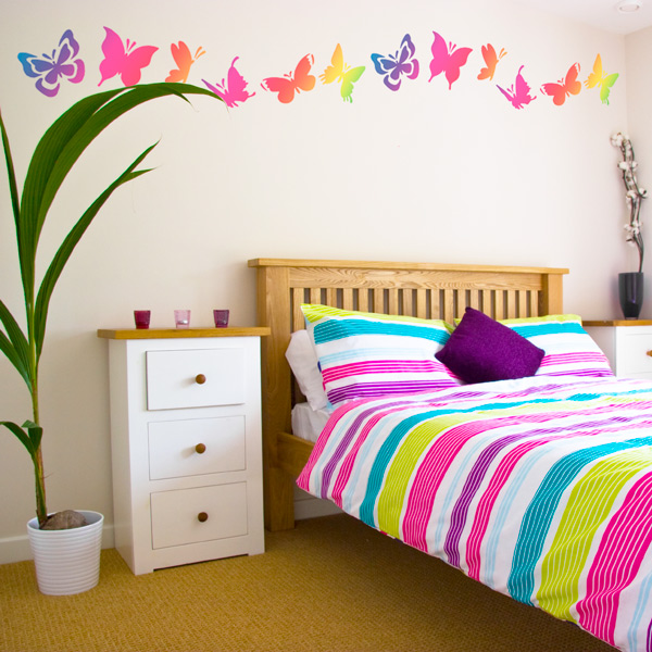 Unique playful butterfly decor for Butterfly themed bedroom ideas