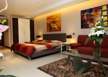 Modern-studio-apartment-with-beautiful-decoration