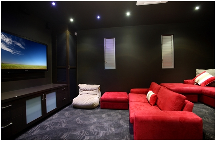 Home theatre designs for movie lovers for Modern theater room
