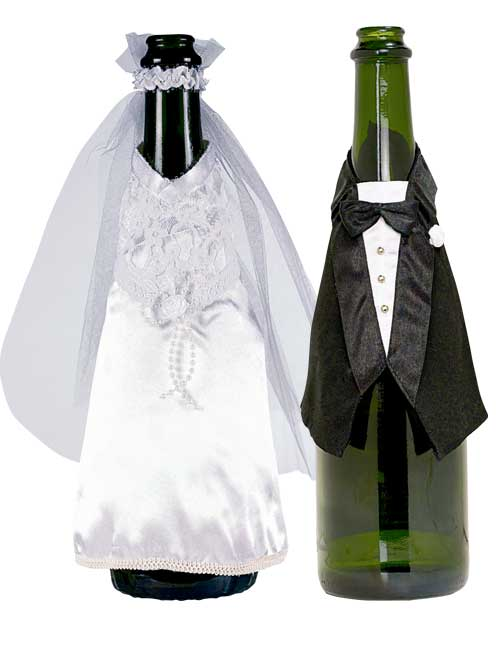 Cute-Wedding-Bottle-Decorations1