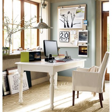 Home-Office-Decor-with-White-Color