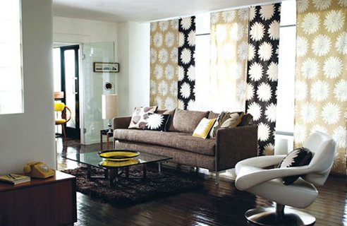 Creative curtains for your home for Modern living room curtain designs pictures