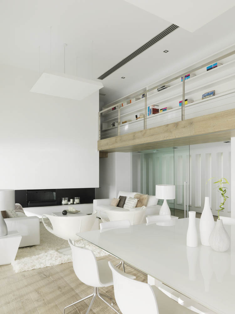 Peaceful Soothing White Interior