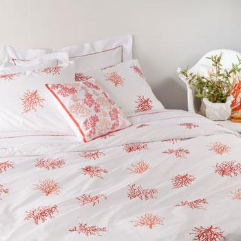 Coral bedroom via Zara Home