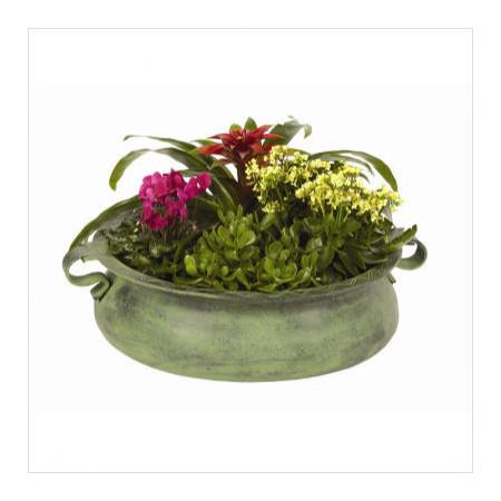 Flower pot - via Achla Designs