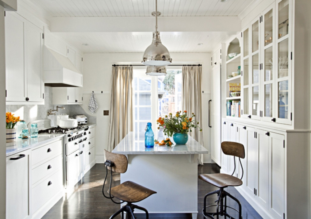 Amazing and elegant white kitchen designs for Pics of white kitchens