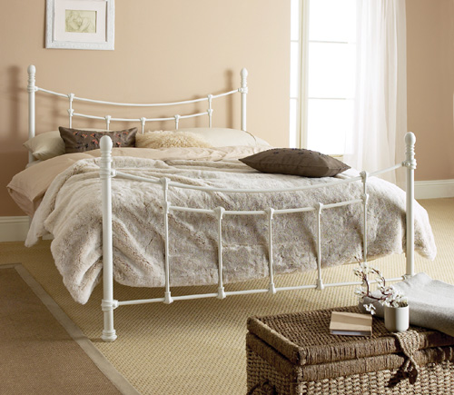 White Wrought Iron Bed Design White Wrought Iron Bed Design