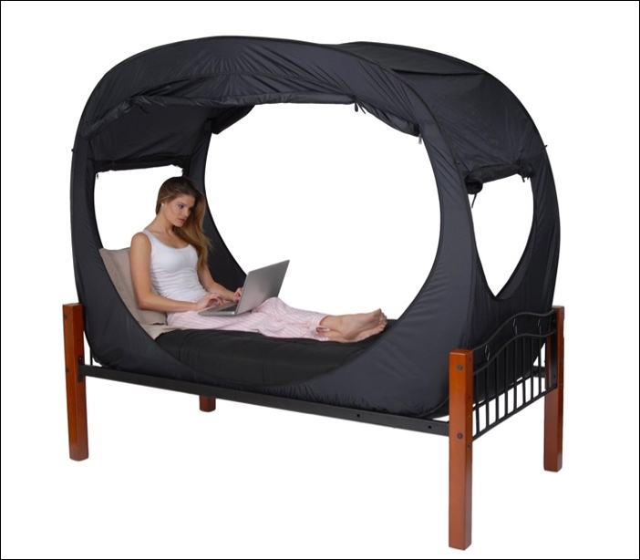 privacy pop bed tent !!