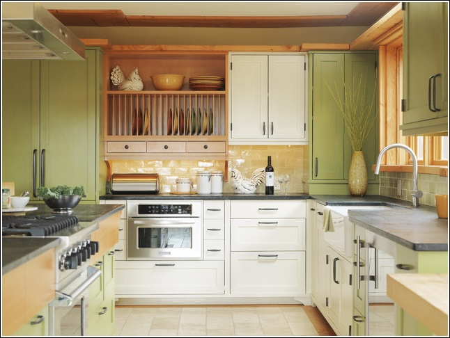 2 & Organize Your Kitchen in a Traditional Way with a Plate Rack!