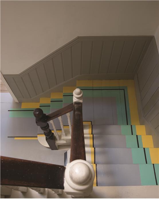 Painted stairs via Farrow&Ball