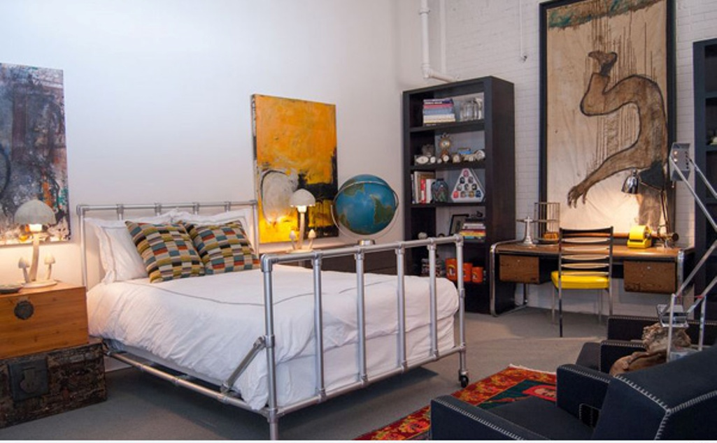 Vintage And Industrial Bedroom Design