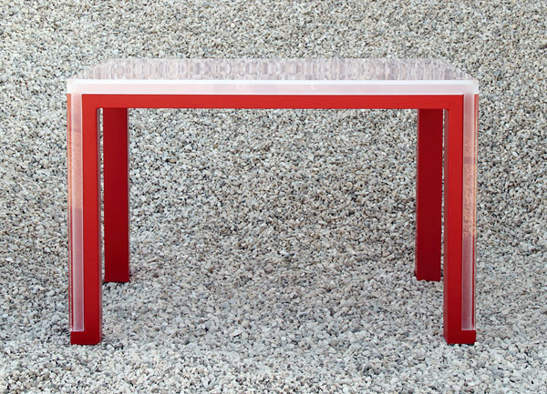 One table over the other via Elda Bellone