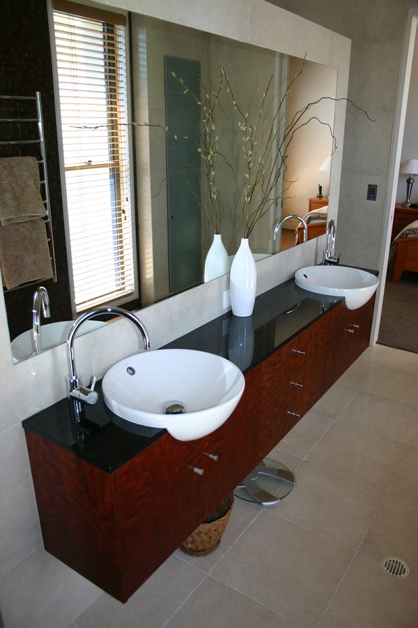On the look for modern bathroom vanities for Looking for bathroom vanities
