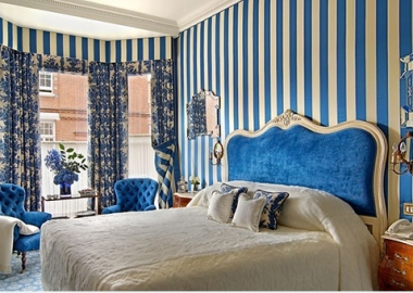 Splendid Blue Striped Walls