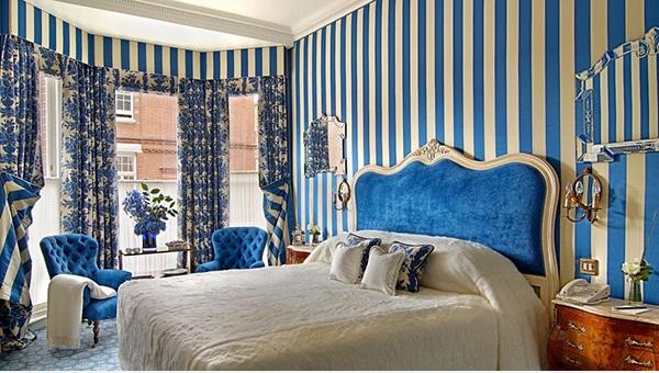 Splendid Blue Striped Walls