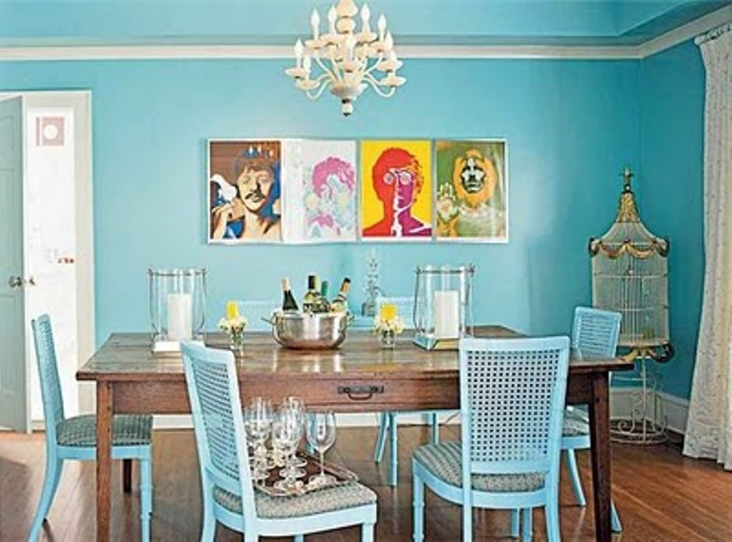1.Vibrant Blue Dining Room