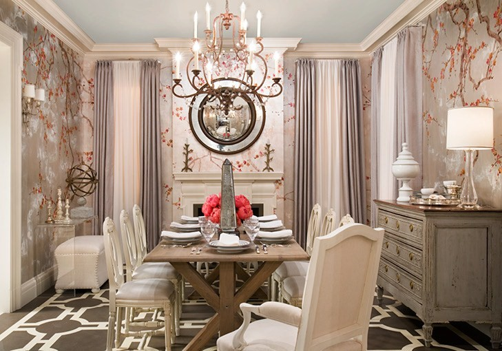 Dine wine and a glorius time classy and chic dining room for Formal dining room wall decor