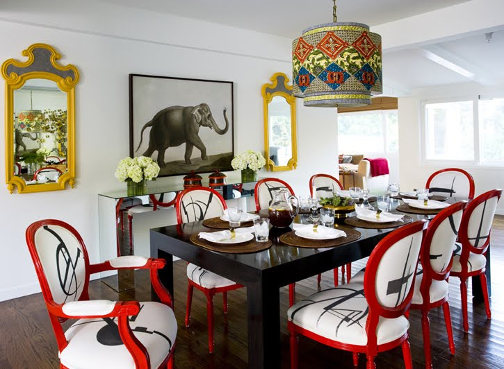 4.Daring Eclectic Dining Room