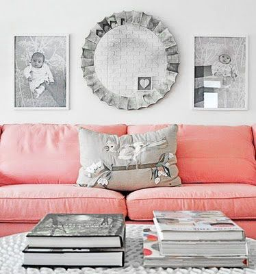 6.Adorable Living Room with Pink Sofa
