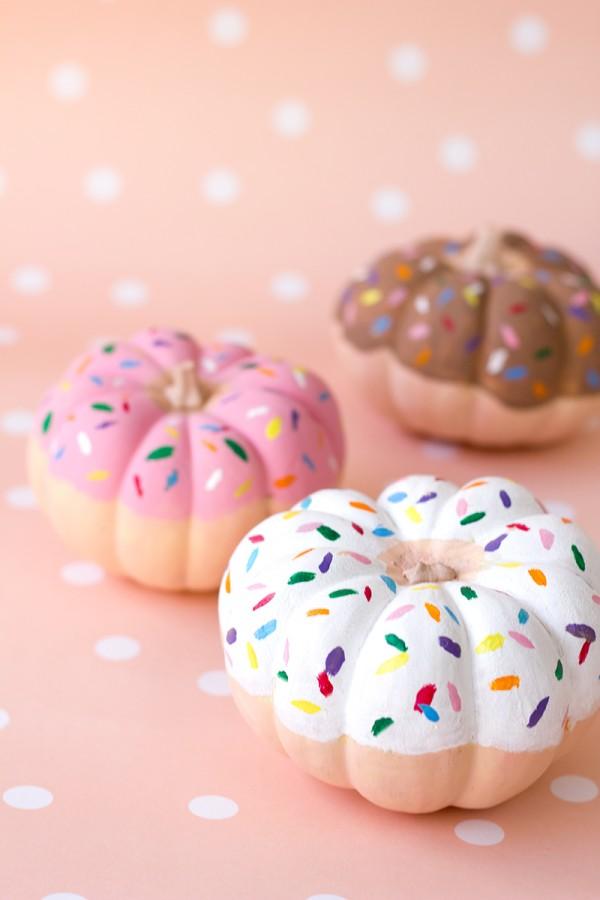 DIY-Donut-Pumpkins2-600x900