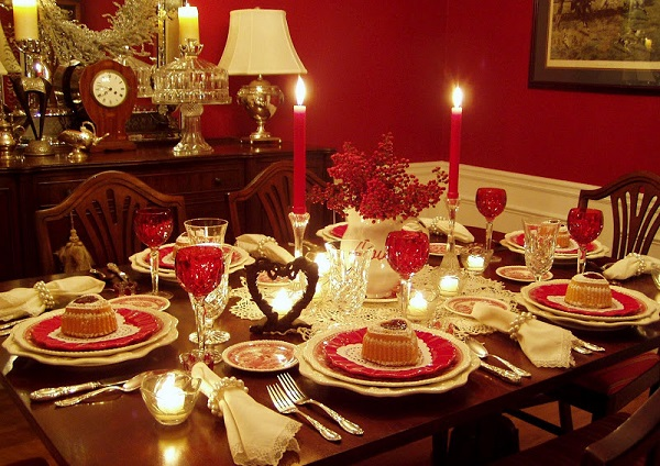 Decorating Romantic Dinner Table For That Special Dinner For Two