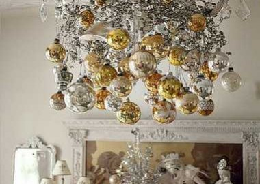 christmas-decorating-ideas-chandeliers-9