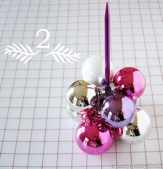 How-to-make-a-knitting-needle-ornament-tree-in-3-easy-steps_thumb