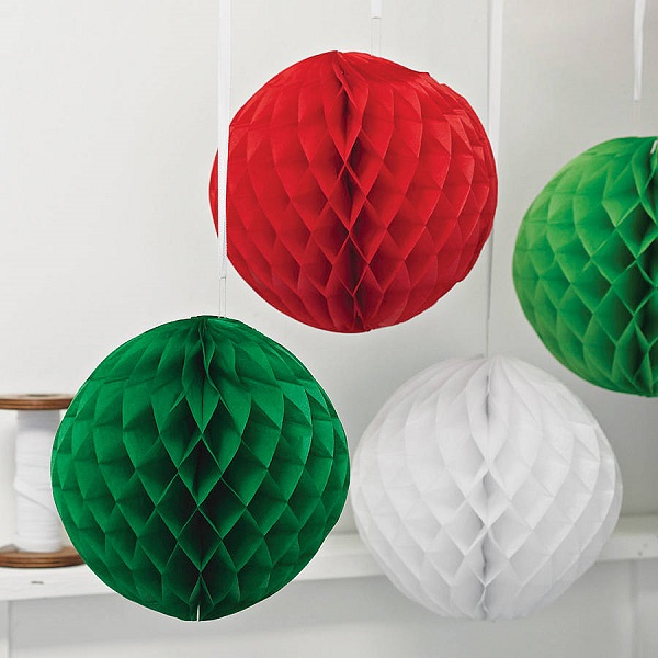 Crepe paper christmas crafts can be fun and you can put for Decoration paper