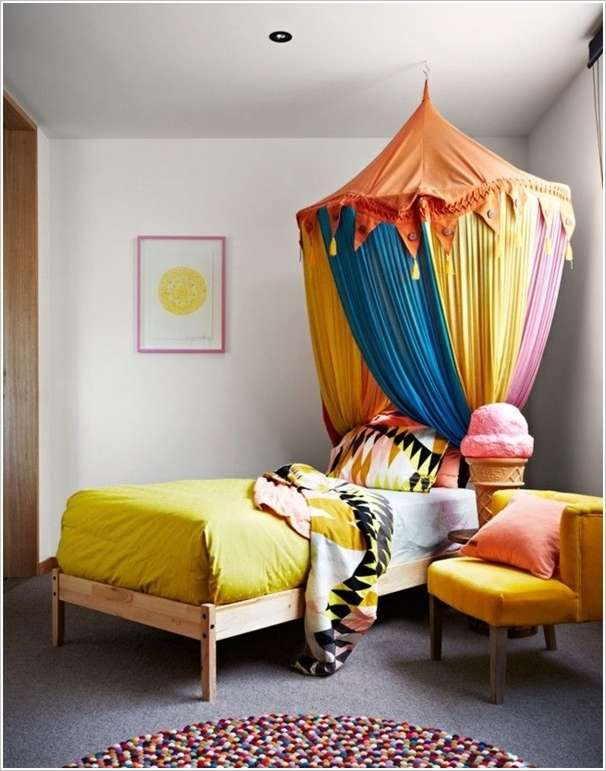& 5 Magical Bed Canopy Designs for Your Bedroom