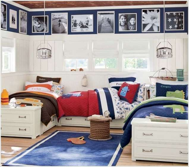5 fabulous bedroom ideas for triplets with triple fun for Man u bedroom accessories