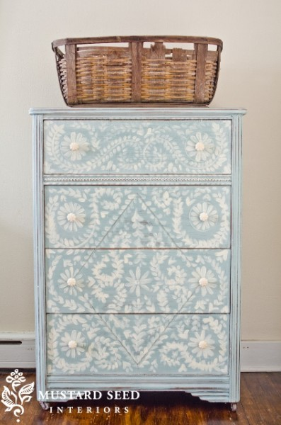 hand-painted-drawers