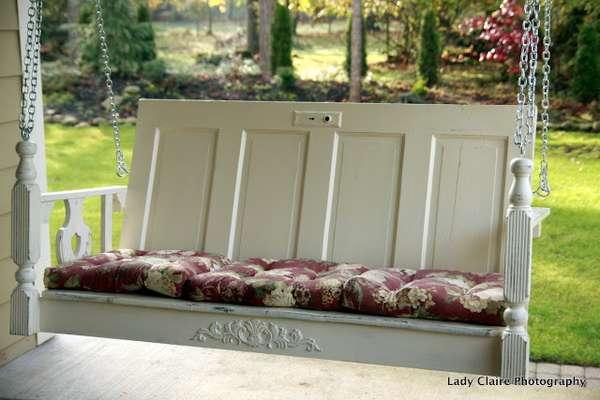 outdoor-decor-repurposing-old-doors-1
