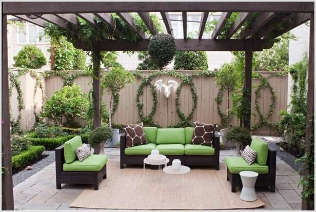 Backyard Fence Decorating Ideas :  Design 10 Fabulous Ideas to Decorate Your Patio or Garden Fence