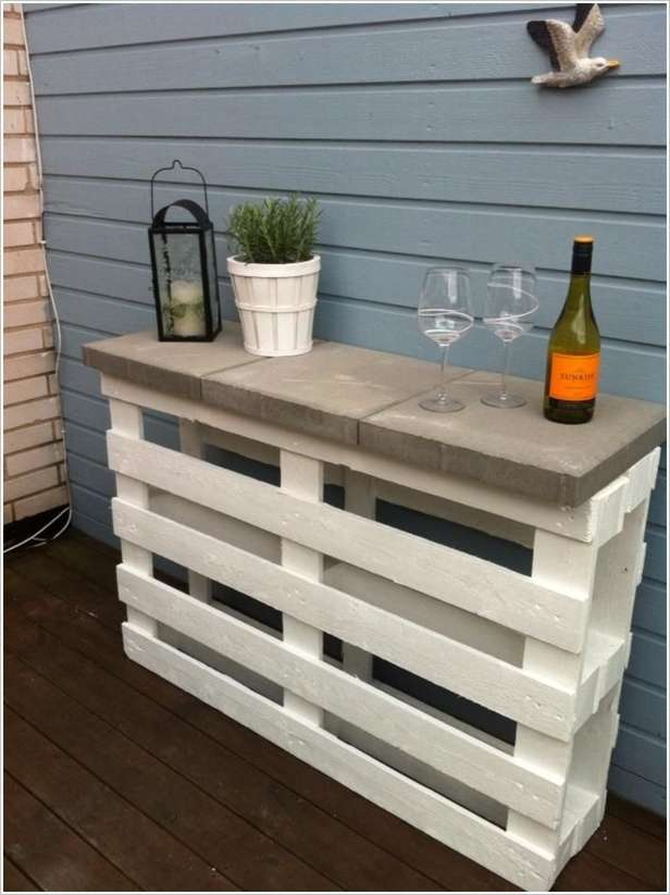 A Wonderful Pallet Bar