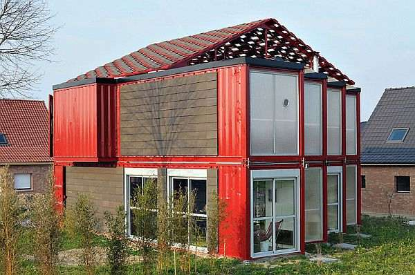 container-red-house