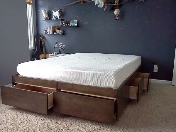 10 smart diy storage bed design ideas for Platform bed with drawers ikea