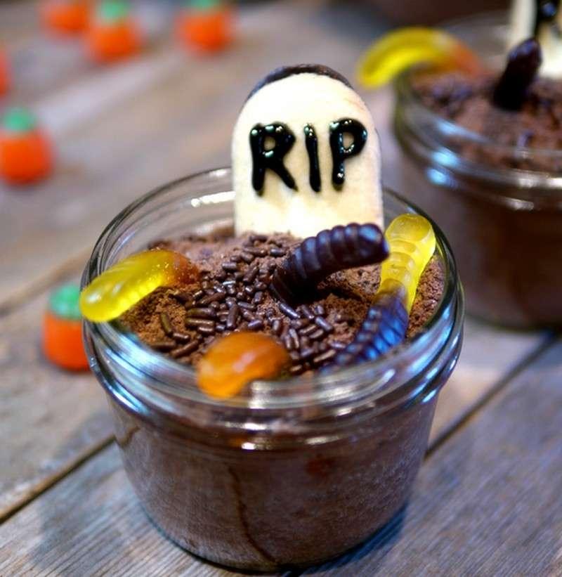 Graveyard Halloween Mason Jars