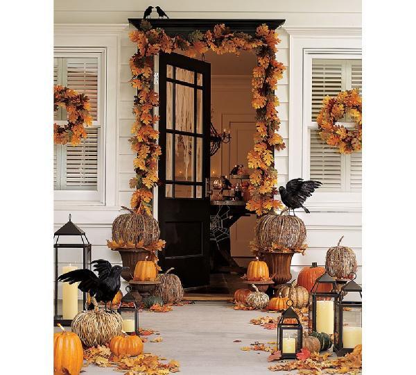 Raven  Halloween Porch
