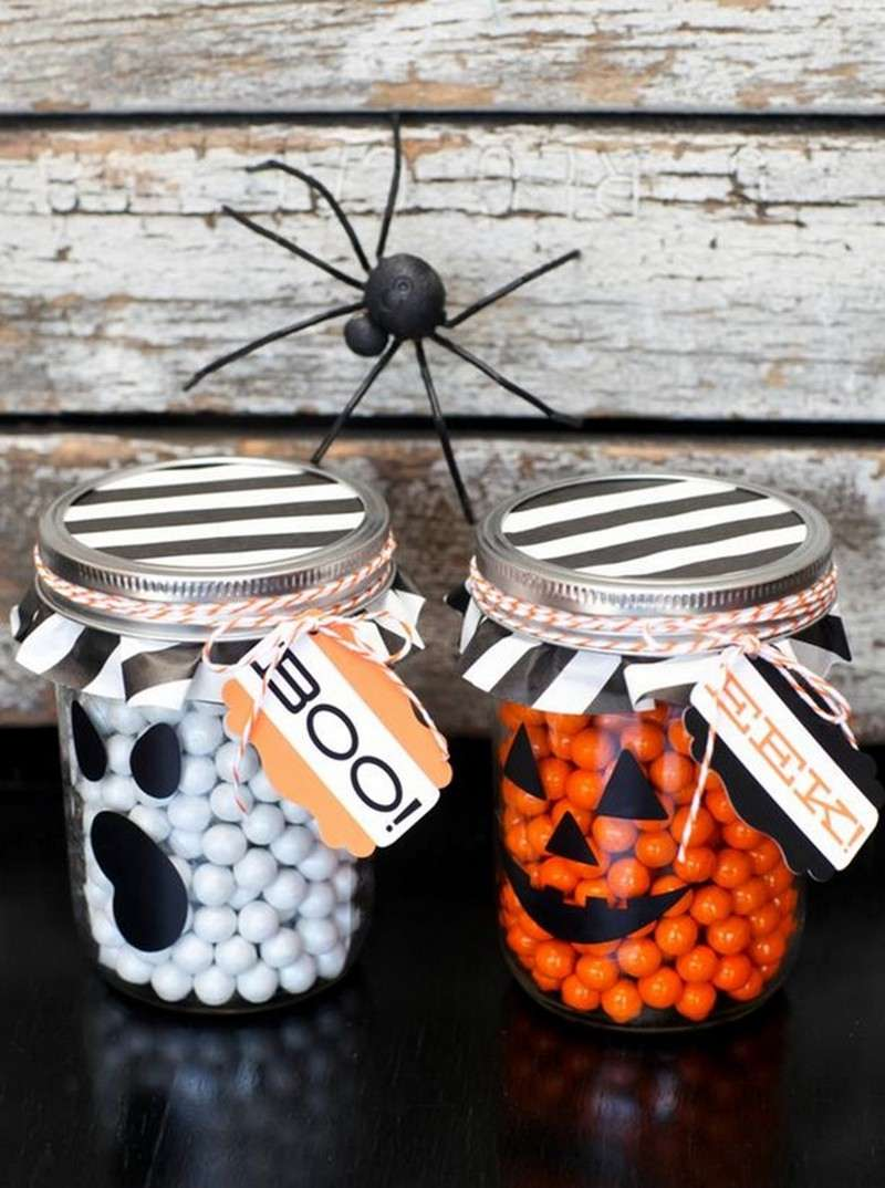 10 diy halloween mason jar ideas for Halloween crafts for adults decorations