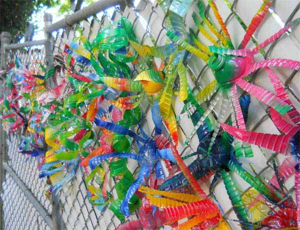 15 immensely creative ideas to reuse plastic bottles for Plastic bottle decoration images